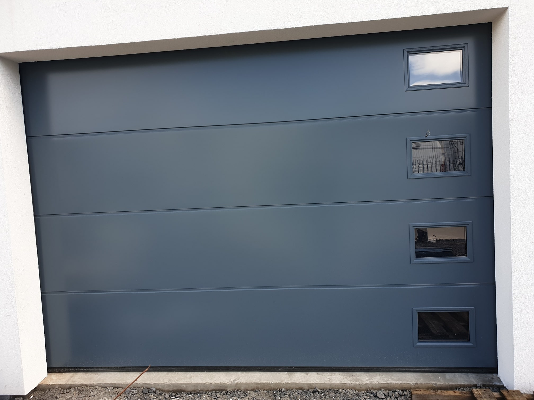 Insulated sectional garage doors 3